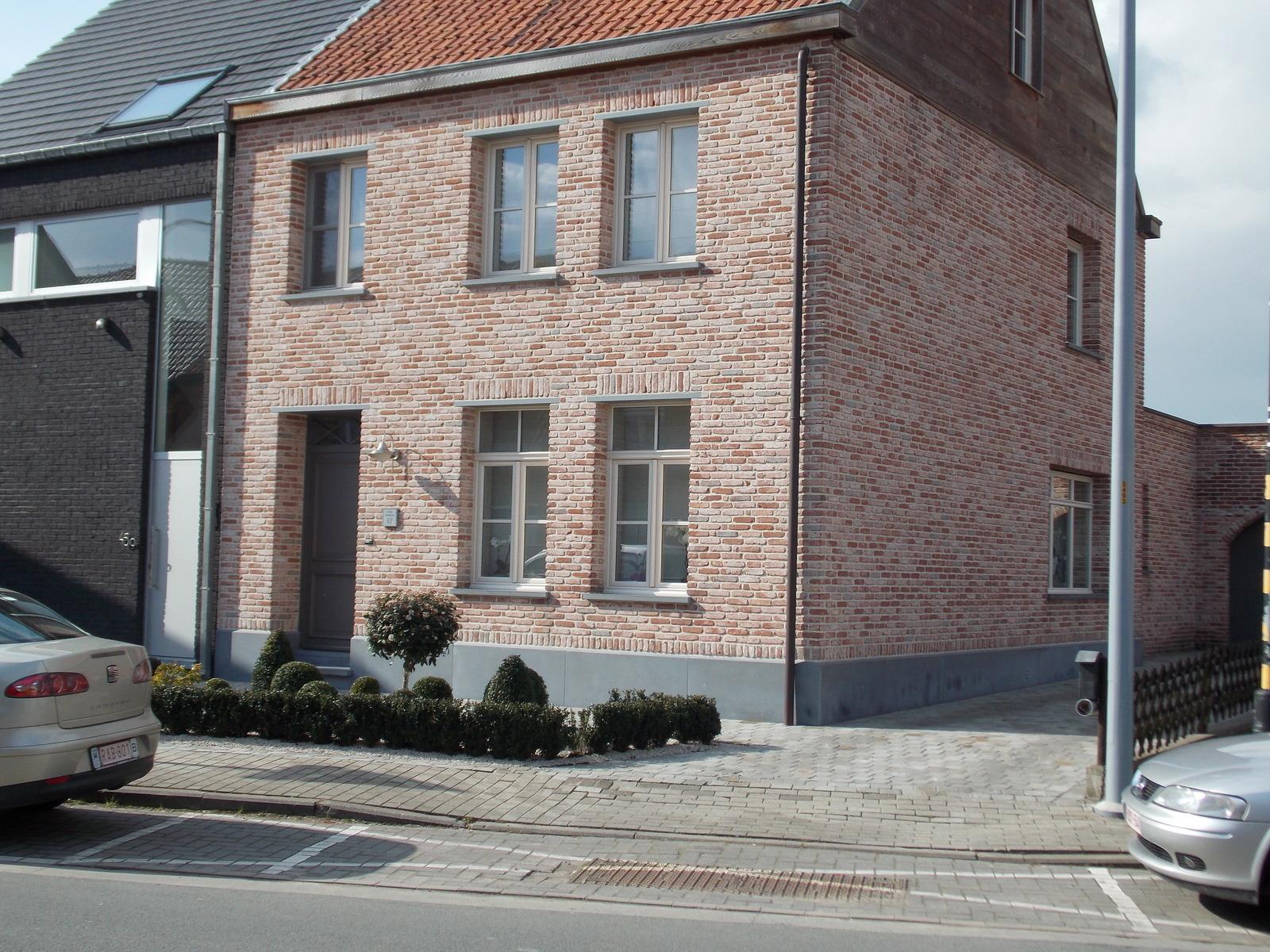 De Bruycker & Zoon BVBA - Ramen & Deuren